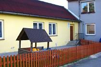 V obci už zůstala jen mateřská škola, na školu základní zbyly pouze vzpomínky. Přitom by v Nebahovech základní školu uvítali.