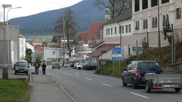 Dnes začíná rekonstrukce části ulice Pivovarská v Prachaticích.
