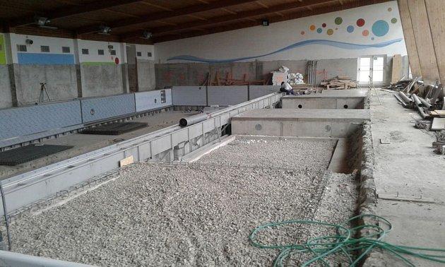 Rekonstrukce bazénové vany v Plaveckém bazénu Volary.