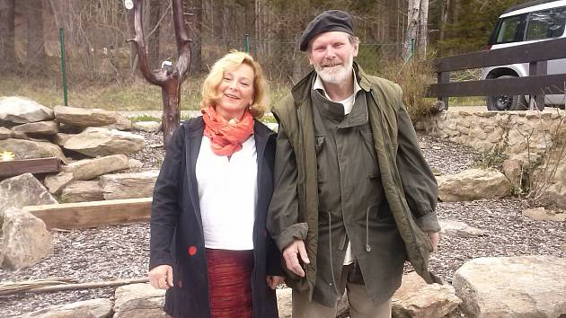 Terapeutické víkendy s Janem Kobylkou a Květou Kadlecovou se konaly v rámci projektu VRBA.