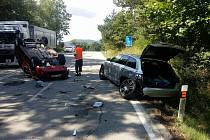 Nehoda dvou vozidel se obešla bez vážnějších zranění.