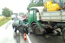 Šestapadesátiletá řidička Toyoty Avensis s pražskou registrační značkou zahynula 7. července krátce po třetí hodině odpoledne na silnici z Vodňan do Českých Budějovic.
