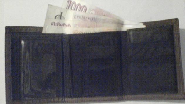 Zloděj muži způsobil škodu za bezmála pět tisíc korun. Ilustrační foto.