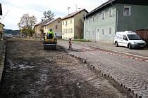 Oprava Tolarovy ulice ve Volarech.