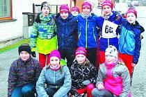 Mladí atleti Střely na letošním Běhu partyzánskou stezkou v Oseku.