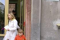 Žáci Základní školy v Litni šli kvůli rekonstrukci do školy až v pondělí 10. září.