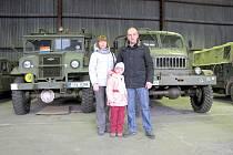 Army muzeum Zdice - vojenský přidělenec Ruské federace plukovník Alexander Febjajev s chotí a dcerou.