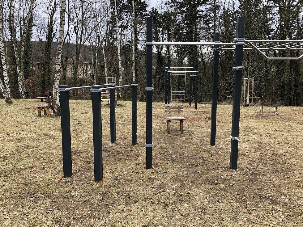 Nové workoutové hřiště.