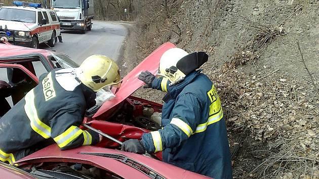 Dopravní nehoda u Černošic