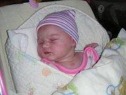 Ema Potůčková se narodila 11. listopadu 2018 a mohla se pochlubit pěknou váhou 4,35 kg a mírou 53 cm. Rodiče přivedli svoji prvorozenou dcerku Emičku na svět společně.