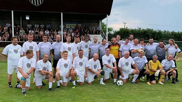 Oslavy 100 let založení Doubravanu Újezd byly velkolepé a zúčastnily se jich i velké hvězdy českého fotbalu Antonín panenka, Ladislav Vízek, Vladimír Šmicer nebo Horst Siegl.