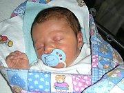 PRVNÍ společné miminko se narodilo 16. září 2017 Lucii Chylíkové a Davidovi Vondřičkovi z Oseku u Hořovic. Je to chlapeček a dostal jméno Matěj. Matýskovy porodní míry byly 3,70 kg a 51 cm.
