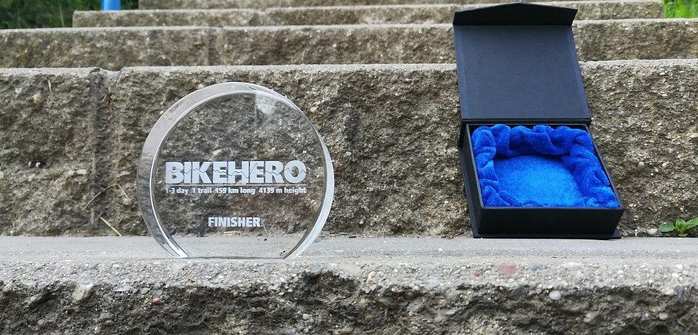 Bike Hero, krásný cyklistický okruh kolem Berounska a Rakovnicka zavádí účastníky na čtyři hrady, ale rozhledny a další skvělé destinace.  Tohle je cena pro nejlepší.