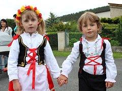 V Chodouni u Berouna se v sobotu konal další ročník Staročeských májů.