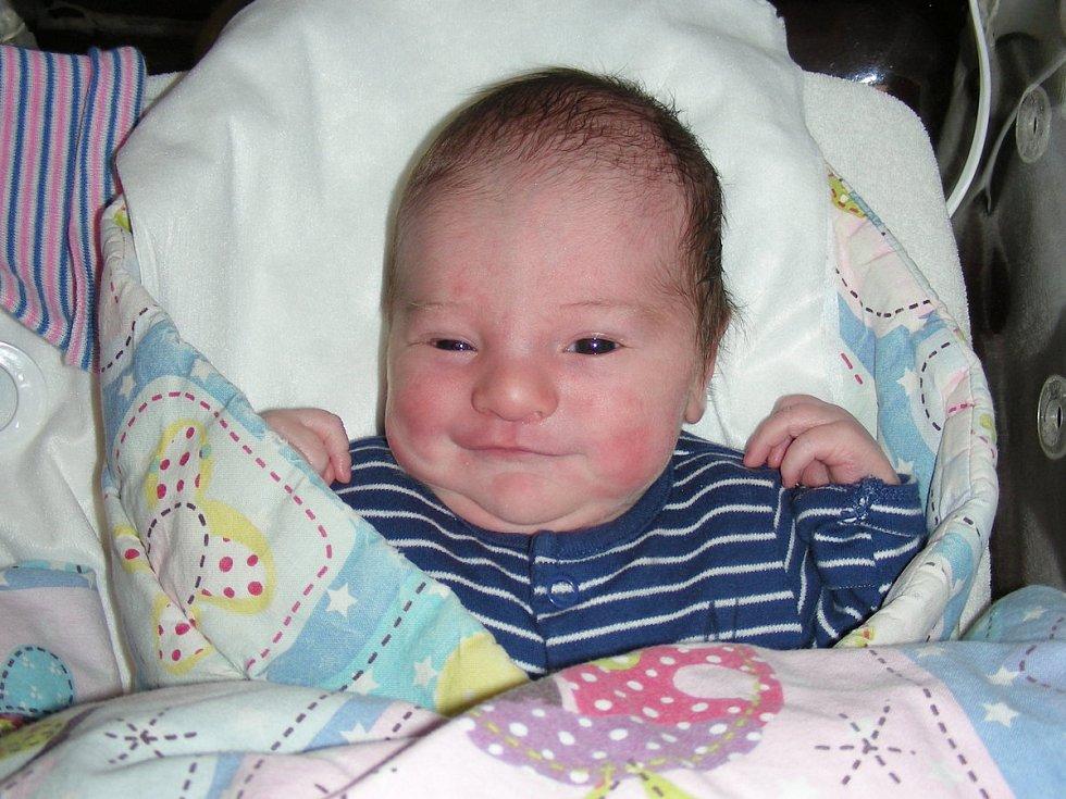 Manželům Michaele a Ondřejovi Novákovým z Broum, se narodil první syn a dostal jméno Filip. Chlapeček přišel na svět 17. listopadu 2019 v 00:05 hodin, vážil 3,30 kg a měřil 49 cm.