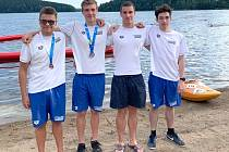Úspěšní dálkoví plavci Lokomotivy Beroun: zleva  Tadeáš Neliba, David Ludvík, Tomáš Ludvík, Lukáš Uxa.
