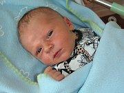 DATUM 3. května 2018 má v rodném listě zapsané Michael, prvorozený syn rodičů z Chýně. Míša vážil po porodu 3,70 kg a měřil 52 cm.