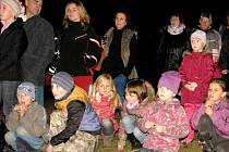 Svatomartinská světýlka v parku zámku Hořovice navštívil rekordní počet návštěvníků