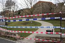 Část parku podél berounských hradeb v ulici Na Parkáně byla uzavřena, bašta v této části hradeb je totiž ve špatném stavu.