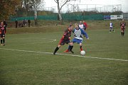 Lídr soutěže Praskolesy (v černém) zdolal snaživou rezervu Oseku.