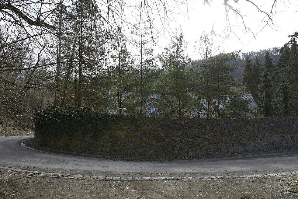 Sídlo zesnulého Petra Kellnera v Podkozí