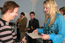 Ocenění učitelů a dalších pracovníků škol v obřadní síni berounské radnice.