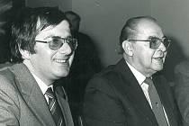 V roce 1983 se v Žebráku konala takzvaná akce Z, při které obec navštívil tehdejší ministr práce a sociálních věcí Emilian Hamerník. Na fotografii s předsedou místního národního výboru Karlem Kadlecem.