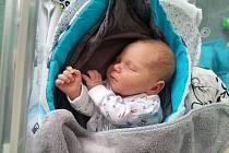 Štěpán Zmek se narodili 30. května ve slánské porodnici. Po porodu vážil 3540 g a měřil 50 cm. S maminkou Lucií Zmekovou a bráškou Zbyněčkem (1,5) bude bydlet ve Slaném.