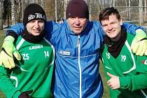 Daniel Steiner (vpravo) se tátou a bratrem.