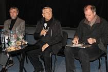 Jiří Menzel přijel do Berouna na své filmy natočené na motivy V. Vančury.
