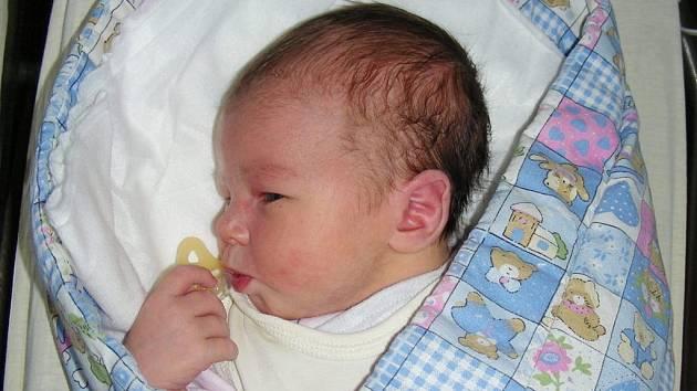 Třetí dítko se narodilo 21. září 2019 manželům Markétě a Tomášovi z Bukové u Příbramě. Je to holčička, jmenuje se Nikol Coníková a na svět přišla s váhou 3,53 kg a mírou 50 cm. Sestřičku budou dětským světem provázet Tomášek (5) a Klárka (2,5).