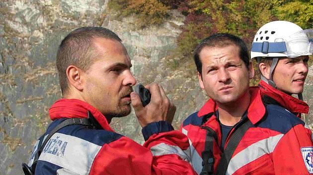 Cvičení jihočeských záchranářů v lomu Mexiko a Velká Amerika u Mořiny