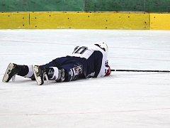 Berounští hokejisté poprvé za celé své dvacetileté působení v první lize dostali desítku.