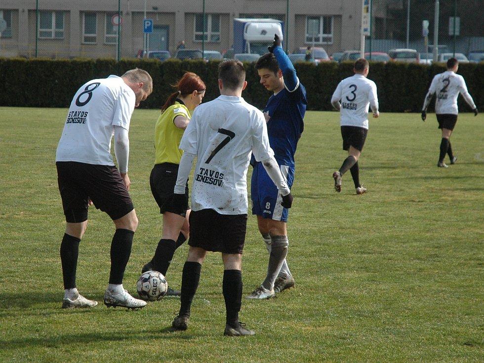 Fotbalový krajský přebor: FK Komárov - TJ Sokol Nespeky 2:0 (1:0).