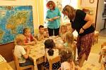 Katolická mateřská škola v Berouně: děti často něco vyrábí.