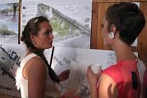 Hostomičtí získali 32 návrhů na úpravu náměstí