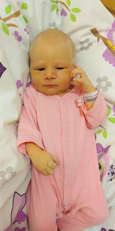 Anežka Bártová se poprvé na svět podívala 5. května 2021 v 5. 53 hodin v čáslavské porodnici. Vážila 3730 gramů a měřila 54 centimetrů. Domů do Čáslavi si ji odvezli maminka Lucie a tatínek Jan.