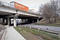 Začala oprava dvou mostů u Chrášťan na dálnici D5 ve směru na Plzeň.