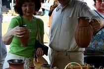 Také letošní berounské hrnčířské trhy, které se uskuteční už tuto sobotu a neděli, slibují návštěvníkům širokou nabídku nejrůznějšího zboží hrnčířů a keramiků, za kterým každoročně míří do centra Berouna tisíce lidí z celé České republiky.