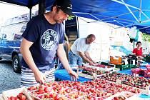 Prodej jahod. Ilustrační foto
