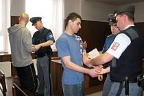 Obžalovaný Rota, Krch a Paul byli rozsudkem berounského soudu šokováni