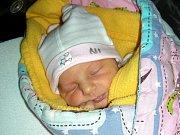 MAGDALÉNA se narodila 9. prosince 2017, vážila 2,93 kg a měřila 49 cm. Z prvorozené dcerky Madlenky se radují manželé Veselí.