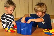 Půdní vestavba dětem v hýskovské mateřince nerozšířila jen prostory na hraní, ale zajistila i nové sociální zařízení