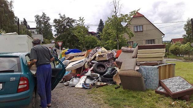 Hořovičtí občané si neví rady s odpadem