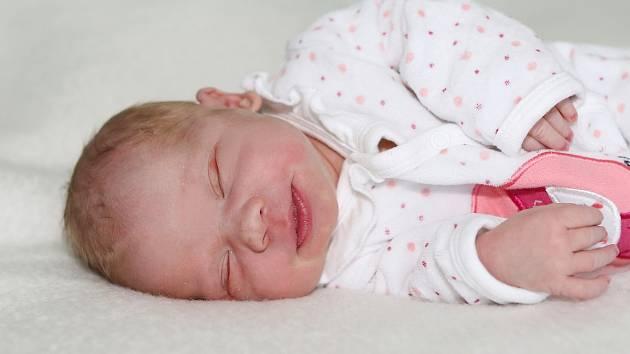 Natálie Březinová se narodila 24. května 2021 v Příbrami. Vážila 3550 g a měřila 50 cm. Doma v Kácini ji přivítali maminka Tereza a tatínek Martin.