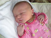 Krásný dárek dostali v pondělí 21. dubna 2014 od velikonočního zajíčka rodiče Šárka Pěčová a Daniel Vrábel z Berouna. V tento den se jim narodila prvorozená dcerka Denisa. Deniska vážila po narození 2,80 kg a měřila 45 cm.