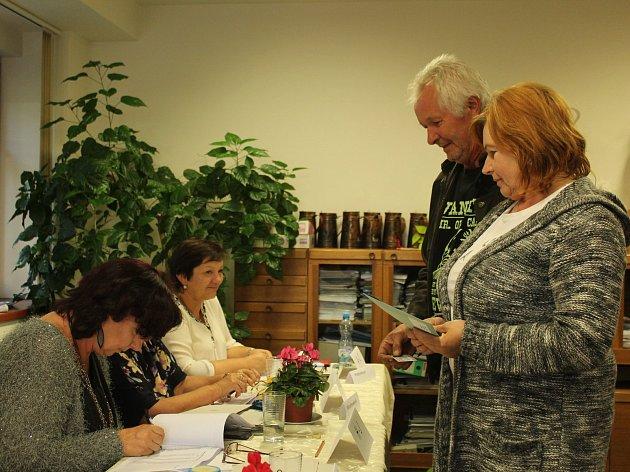 V Hudlicích byla volební místnost na obecním úřadě.