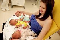 V hořovické porodnici U Sluneční brány se narodila historicky první trojčata. Teprve čtyřiadvacetileté prvorodičce Monice Pošmurné z Králova Dvora se osmý červnový den narodily hned tři holčičky.