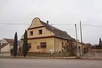 Historický hostinec stojí v samém centru Zaječova
