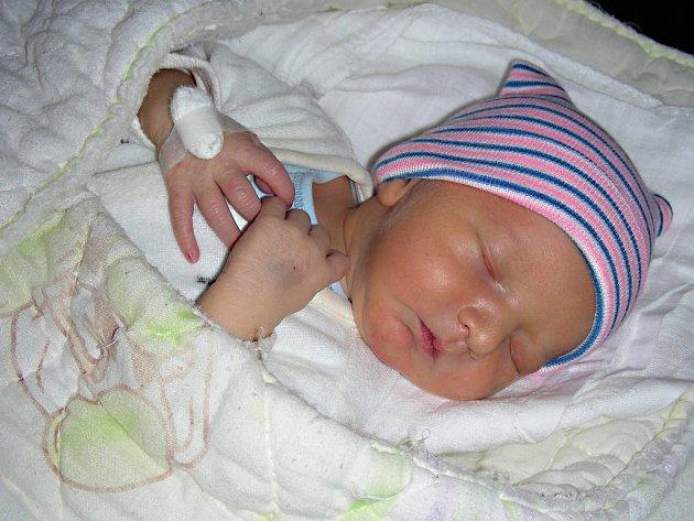 DATUM 28. února 2018 má v rodném listě zapsané Tobiáš Beneš. Prvorozeného syna Tobiáška si rodiče odvezli domů do Berouna.